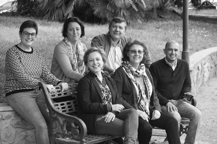 Fotografía de los miembros de Claves Centro de Desarrollo Personal